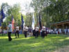 Color_Guard_at_Gathering_2005.JPG